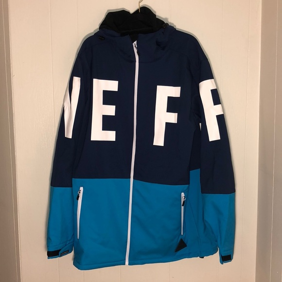 3adef421163 Neff Daily Navy Cyan 10K Softshell Jacket. M 5bcbd83caaa5b80510335df9